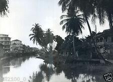 Antilles . Martinique . rivière MADAME à Fort De France . 1950/1960