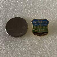 City of Lloydminster Alberta Saskatchewan Souvenir Pin Pinback #37065
