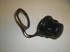 Briggs & Stratton lawnmower twist lock cap 795472