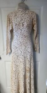 Victorian 1900s Ivory lace bridal gown small formal tea dress floral lace