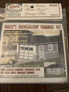 """ATLAS  HO """"BARB'S BUNGALOW"""" GARAGE LASER KIT 2-PACK No.730"""