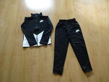 Nike - Trainingsanzug / Jogginganzug / Sportanzug - 140 / M / 10 - 12 - top