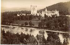Angleterre, Balmoral castle from the river Vintage albumen print Tirage albumi
