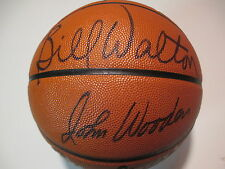 HOFer JOHN WOODEN and BILL WALTON signed UCLA Bruins NCAA FINAL 4 Basketball PSA