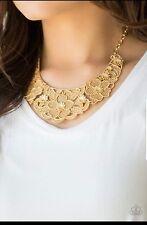 Paparazzi Petunia Paradise Gold Necklace Women's Fashion Jewelry