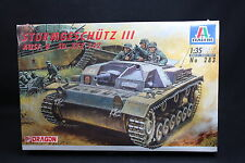 XT065 ITALERI 1/35 maquette tank char 283 Sturmgeschutz III AUSF. B SD. KFZ 142