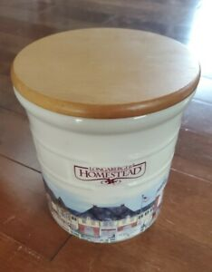 LONGABERGER NEW HOMESTEAD 2 QUART CROCK WITH NEW LID POTTERY