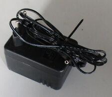 04-16-01185 Netzteil MWD-0751000E 7,5V 1000mA 5mm Stecker