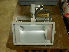 Hubbell QLI500 Series Floodlight Warehouse NEW with Bulb