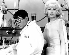 "JERRY LEWIS & STELLA STEVENS ""THE NUTTY PROFESSOR"" 8X10 PUBLICITY PHOTO (ZZ-029)"