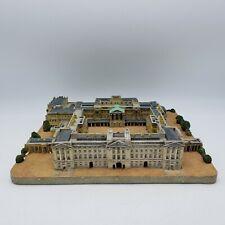 New ListingThe Danbury Mint Buckingham Palace England Sculpture Statue Replica Model
