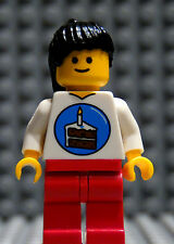 NEW Lego Girl Female Minifig w/ BIRTHDAY PARTY Cake Shirt Black Hair Red Legs