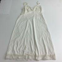 VTG Vanity Fair Full Dress Slip Women's 32 Tall Cream Lace Embroidered Nylon