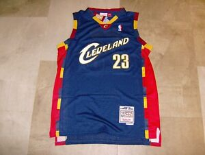 Mitchell & Ness NWT Cavaliers Lebron James #23 Men's Navy Blue Jersey Size XL