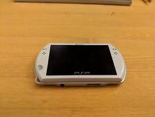 Sony PSP go 16GB Pearl White Handheld System