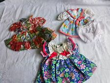 lot 4piéces  pour    poupée18-20cm=3robes+panty