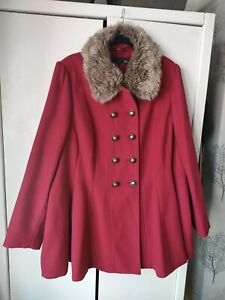 Womens plus size fitted coat from Next with faux fur. Size 26. Military style.