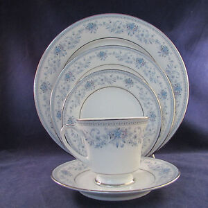 Noritake China Blue Hill Service for Four - 20pc Set