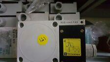 New Telemecanique XSD-H40733 INDUCTIVE SENSOR XSDH40733