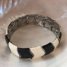 Estate Black & White Enamel Silvertone Chevron Stretch Bracelet – will fit small