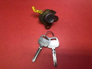 1998-2002 CHEVY PRIZM FRONT LEFT DRIVER DOOR LOCK CYLINDER 2 KEYS USED OEM!