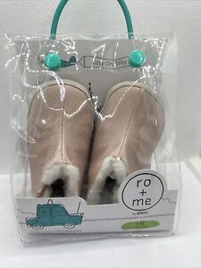 NEW Ro + Me by Robeez Baby Pink Easy On Stay On Booties Shoes Size 6 - 12 Months