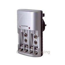 Battery Charger AA/AAA + PP3 Compact Lloytron Charger (B1502)
