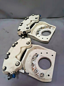 Cleveland 30-28D Brake Caliper Assy Pair with mounting plate | Cessna 310 320