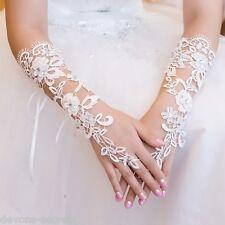 Ladies white lace diamante fingerless hand short wrist bridal wedding gloves WG4