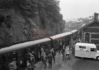 PHOTO  DMU 3 CAR SUBURBAN SET AFTER ARRIVAL AT YNYSYBWL STATION WITH SLS SPECIAL