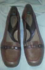 EUC CLARKS ARTISAN COLLECTION 8.5 M LEATHER UPPER BALANCE MAN MADE