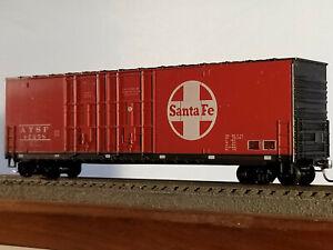 HO Roundhouse (buy2-$4 off)50' Santa Fe Hi-cube double door box car #47258, buil