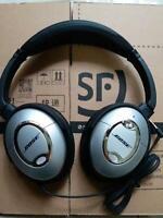 QC2 Noise Cancelling Headphones Quiet Comfort2 Headset earphones (Refurbished)