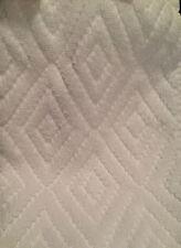 "Brand New MACY'S, WHITE *Diamond-Shaped Design* WASH/ FACE CLOTH 12"" X 13"""