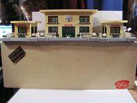 gare  gégé  railway station ho 1/87 modéle de  luxe vintage 50/60 diorama
