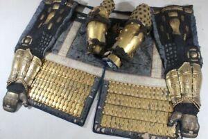 """GOLD SANGU (kote, haidate, Suneate) of YOROI (armor) : EDO : Kote 26.8 × 9.1 """""""