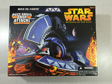 STAR WARS REVENGE OF THE SITH DRIOD TRI-FIGHTER WITH BUZZ DROID DROP ATTACK!