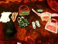 lot sacs ,bonnets chaussures barbies ,poupées mannequin