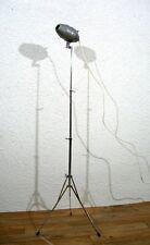 Alte Stativ Tripod Lampe Stehlampe Stehleuchte Strahler lampe UNIKAT