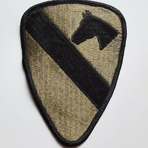U.S. ARMY UNIFORM AUFNÄHER PATCH 1ST CAVALRY DIVISION OLIV ORIGINAL