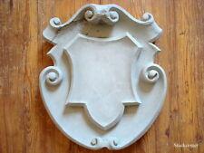 Stucco - Fassadenstuck -herrschaftliches Wappen aus Beton für  Aussenfassade