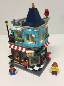 LEGO Creator 3 In 1 Townhouse Toy Shop 31105 See Description