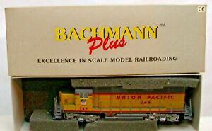 BACHMANN PLUS UNION PACIFIC 749 EMD GP 35 DIESEL HO LOCOMOTIVE BOXED 11502