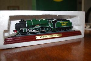 Atlas Editions Schools Class 220 SR Locomotive OO Gauge Model New In Box 904 005
