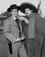 THE WILD WILD WEST - TV SHOW PHOTO #24 - ROBERT CONRAD + ROSS MARTIN