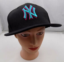 NEW YORK YANKEES FITTED SIZE 7 1/4 BLACK BASEBALL HAT NEW ERA PRE-OWNED ST18