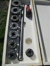 Ridgid 11 R Pipe Threader Set 18 To 1 14 With Ratcheting Head Handle Amp Box