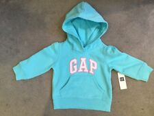 GAP - BLUE HOODIE WITH LOGO ACROSS FRONT IN WHITE WITH PINK TRIM 6-12m - BNWT