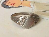 "Antique Art Deco C.30s SIGNET Heart Design Ring marked ""silver"" Size K1/2"