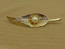Vintage Gold Tone Textured LEAF with Single Faux PEARL Pin Brooch